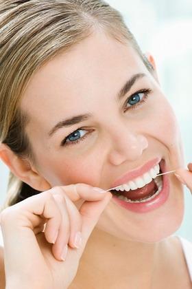 Dantų implantų priežiūra